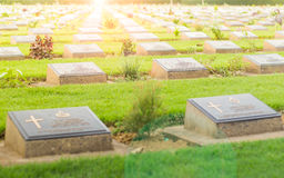 Druga Wojna Światowa cmentarz w Tajlandia zdjęcia royalty free