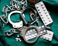 Drugshandcuffs en Kettingen Royalty-vrije Stock Afbeeldingen
