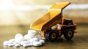 Drugvoorschrift voor behandelingsmedicijn Farmaceutisch geneesmiddel, behandeling in container voor gezondheid Apotheekthema, cap Stock Afbeelding