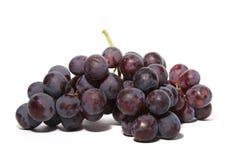 Druiven die op wit worden geïsoleerdn Stock Afbeelding