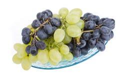 Druiven op een plaat Royalty-vrije Stock Foto's