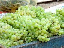 Druiven voor Verkoop Stock Afbeelding