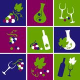 Druiven, wijnglas en wijnflessen, geplaatste pictogrammen, vectorillustratie stock illustratie