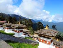 Druk Wangyal Chortens bij Dochula-Pas, Bhutan stock afbeelding