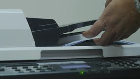 Drukarka w biuro druków dokumentach zdjęcie wideo