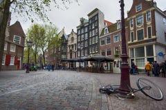 Drukke straat in Amsterdam Royalty-vrije Stock Foto