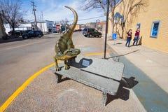 Drumheller, Alberta, Canada 18 April 2019: De grootste dinosaurus van de wereld, het dinosauruskapitaal van de wereld, Reis Histo stock afbeeldingen
