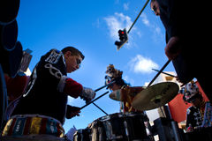 Drummers preparations Royalty Free Stock Photography