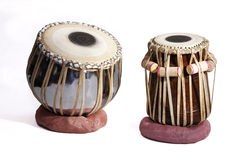 drums indier den traditionella isolerade set tablaen arkivbilder