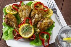 Drumsticks зажаренного цыпленка Стоковая Фотография