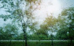 Druppeltjes op vensterglas Royalty-vrije Stock Foto