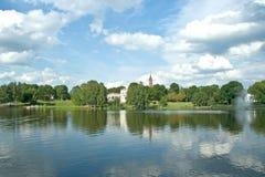 Druskininkai. widok miasto od jeziora zdjęcie stock