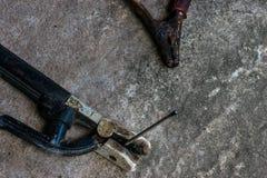Drutowanie nicielnica dla elektrycznego zdjęcie royalty free