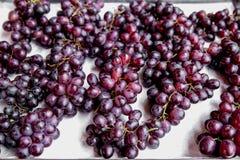 Druva, röd druva, mat, mat och drink, frukt royaltyfri foto