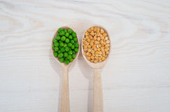 Dry and fresh peas Stock Photos