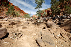 Dry river bed at Western MacDonnell Ranges Stock Photos