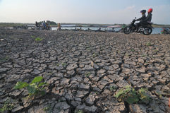 Dry Season in Indonesia. Cengklik reservoirs in Boyolali, Indonesia dries up as a result of droughts Royalty Free Stock Photography