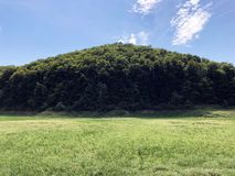 Free Dry Trough Of Reservoir Lake Petnja Or Suho Korito Akumulacijskog Jezera Petnja, Zavrsje Royalty Free Stock Photography - 157553857
