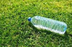 dryck kasserad plast- Royaltyfria Foton