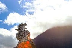 Drylująca rzeźba cyklista na niebieskiego nieba tle Wycieczka turysyczna De Fran Fotografia Royalty Free