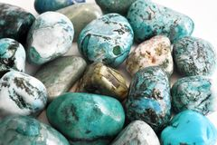 Dryluje turkusowych kryształy obrazy stock