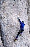 Drytool che si arrampica in Costila immagine stock libera da diritti