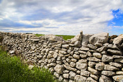 Drywall e campo de Ragusa Fotografia de Stock
