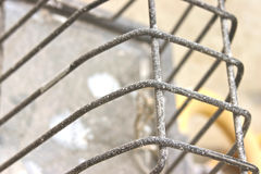 drywall modderspat op industrieel licht royalty-vrije stock afbeeldingen