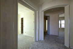 Drywallkonstruktion av ett nytt hus Royaltyfria Foton
