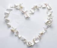 Drzejący zmięty papierowy kierowy kształt Obraz Royalty Free