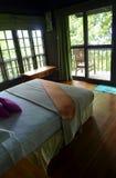 Drzewnego domu wnętrze, eco turystyki kurort Zdjęcie Royalty Free