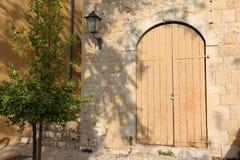 Drzwi - apertura w ścianie zdjęcia royalty free