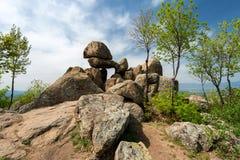 Drzwi bogini - antyczny Thracian kamienia sanktuarium blisko Kazanlak w Bułgaria obraz stock