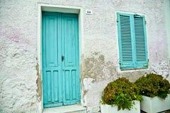 Drzwi, Bosa, Sardinia, Włochy fotografia stock