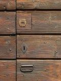 drzwi do domu z drewna Zdjęcie Royalty Free