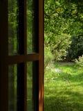 drzwi do ogrodu Fotografia Royalty Free