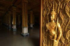 Drzwi i kolumny są jeden sztuka Tajlandzka sztuka fotografia royalty free
