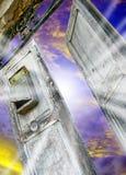 Drzwi na niebie Zdjęcia Stock