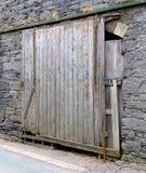 Drzwi ruderowaty, stary, zdjęcie royalty free