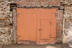 Drzwi w ściana z cegieł Zdjęcie Royalty Free