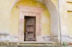 Drzwi w Biertan Fortyfikował kościół obrazy royalty free