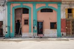 Drzwi w Hawańskim, Kuba Zdjęcia Royalty Free