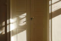 Drzwi z cieniem Obraz Royalty Free