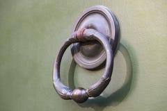 Drzwiowego knocker zakończenie Fotografia Royalty Free