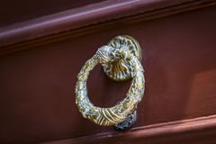 Drzwiowego knocker zakończenie Obrazy Stock