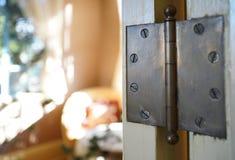Drzwiowi zawiasy zdjęcia stock