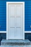 drzwiowy biały drewniany Obrazy Royalty Free