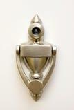 drzwiowy dziury knocker zerknięcie obrazy royalty free