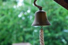 Drzwiowy dzwon w deszczu Fotografia Stock