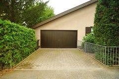 drzwiowy garaż Zdjęcie Stock